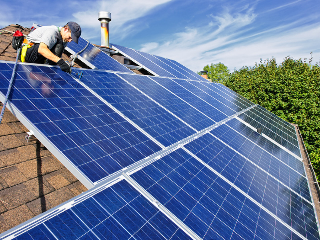 Top 3 benefits of solar roof panels